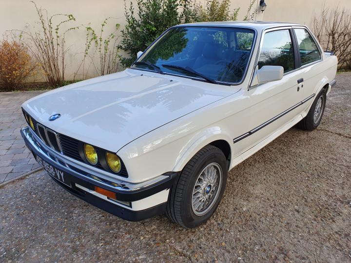 BMW e30 325iX 1