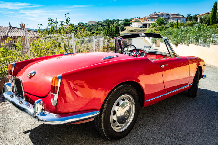 ALFA ROMEO Spider Giulia  4
