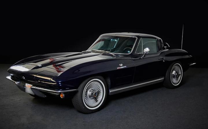 CHEVROLET Corvette C2 0