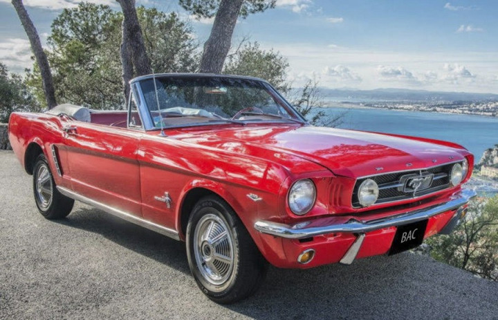FORD mustang cabriolet 0