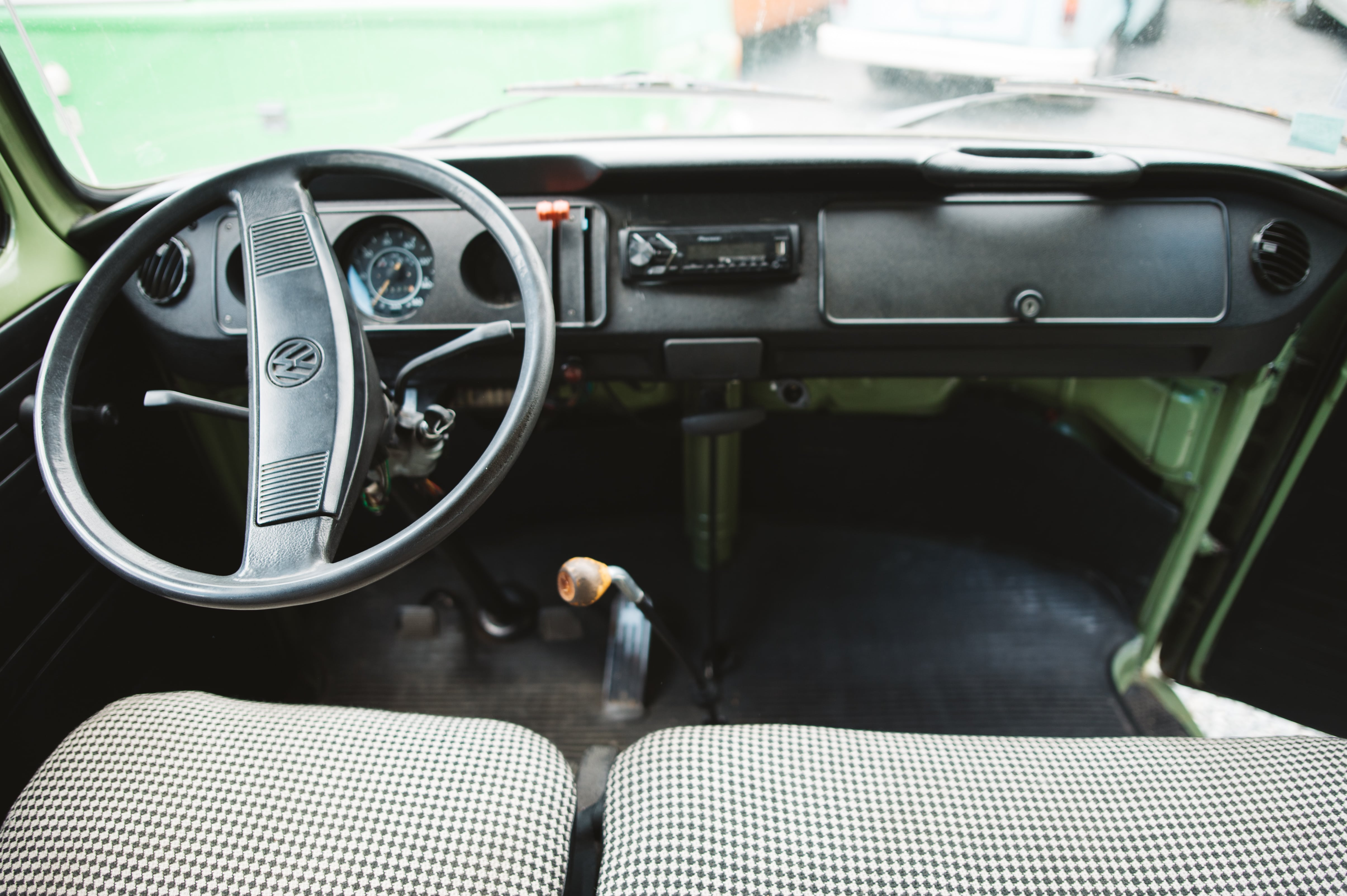 VOLKSWAGEN combi baywindow t2 minibus55 3
