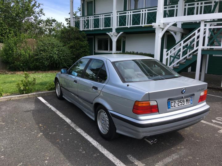 BMW 325I e36  0