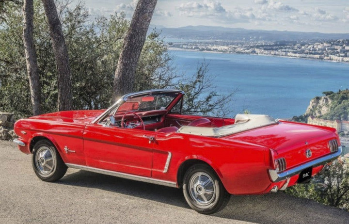 FORD mustang cabriolet 1