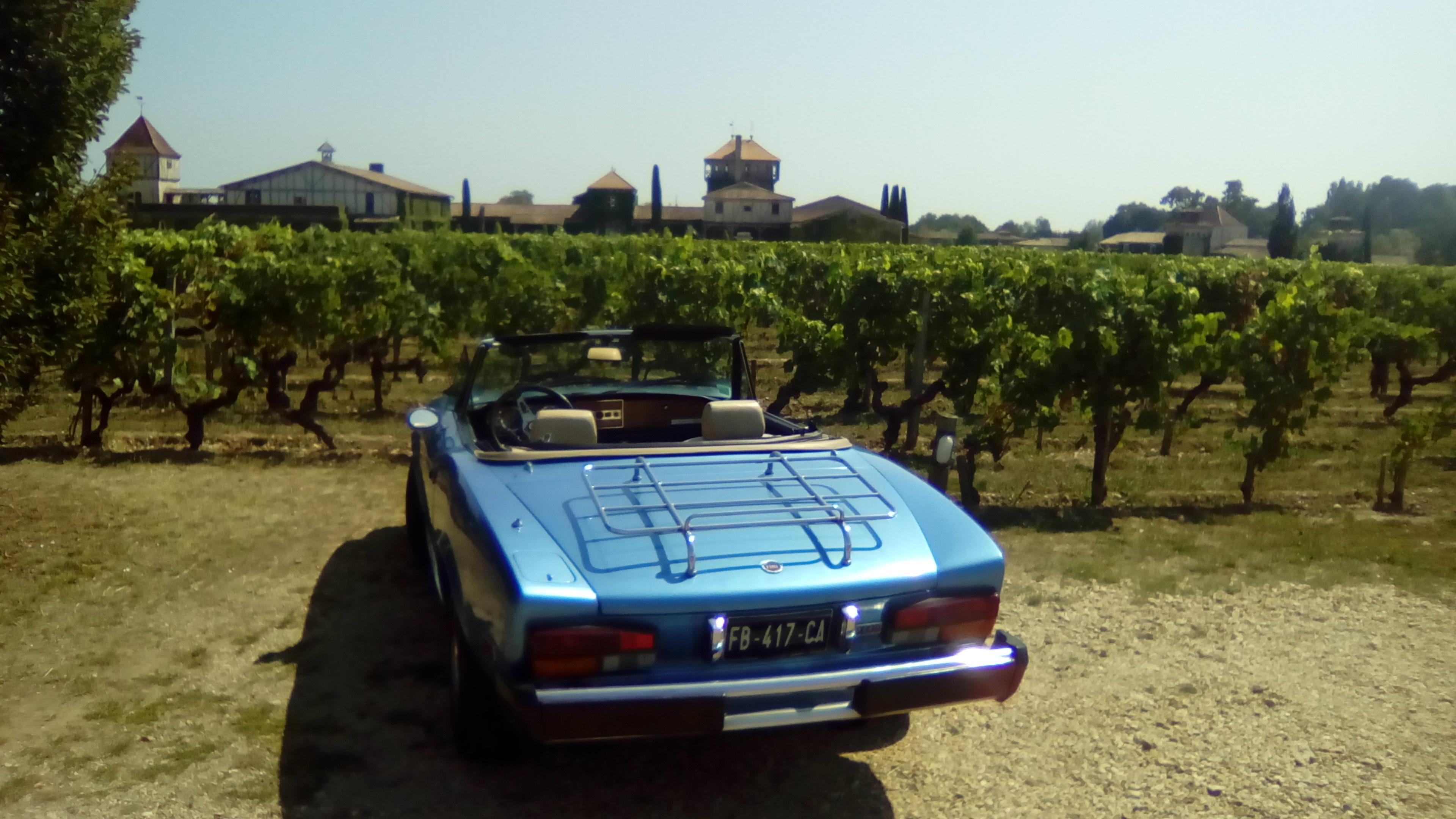 FIAT 124 Spider 2