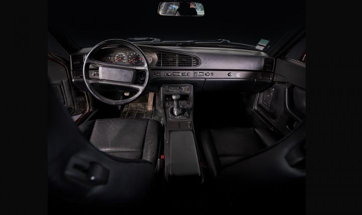 PORSCHE 944 Turbo  1