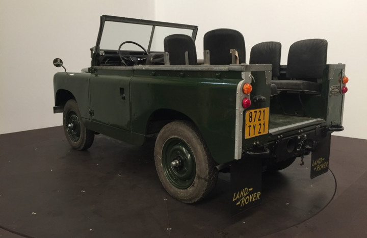LAND ROVER SERIE 2A (Defender) 3