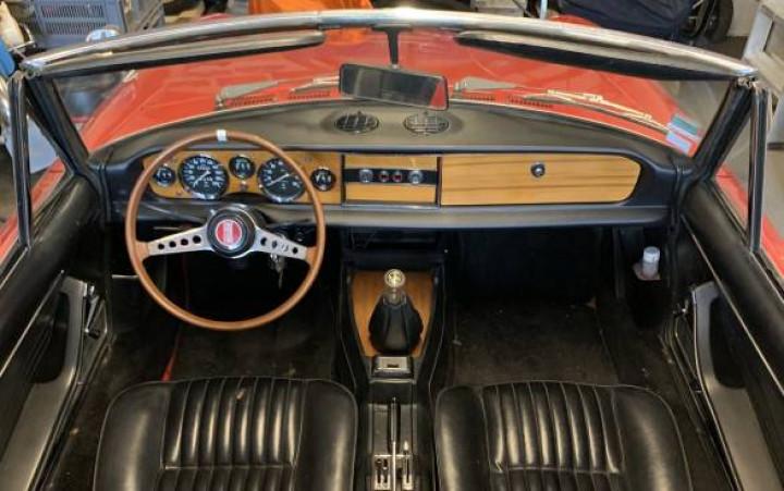 FIAT 124 Spider 1