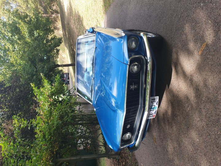 FORD Mustang 302 ci convertible  3