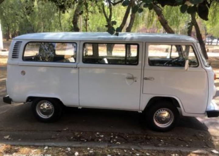 VOLKSWAGEN combi baywindow t2 minibus 1