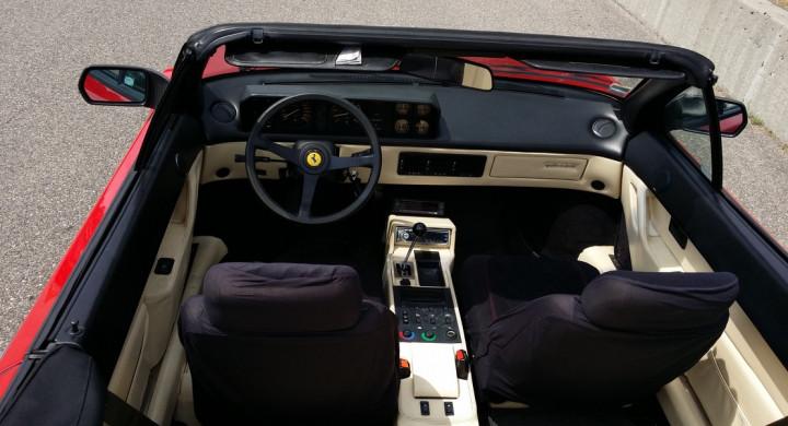 FERRARI Mondial 3.2 Cabriolet 1