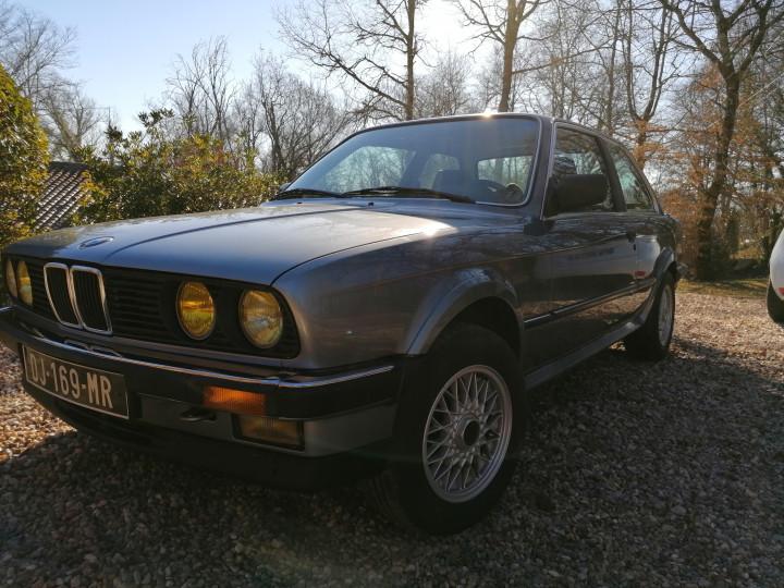 BMW 325ix 0