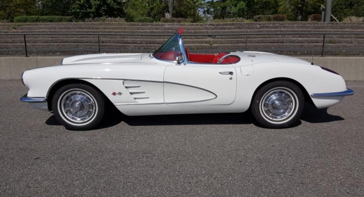 CHEVROLET Corvette C1 1