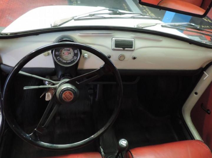 FIAT 500R 4