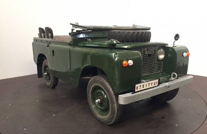 LAND ROVER SERIE 2A (Defender) 2