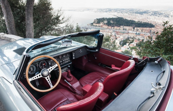 JAGUAR TYPE E Roadster 2