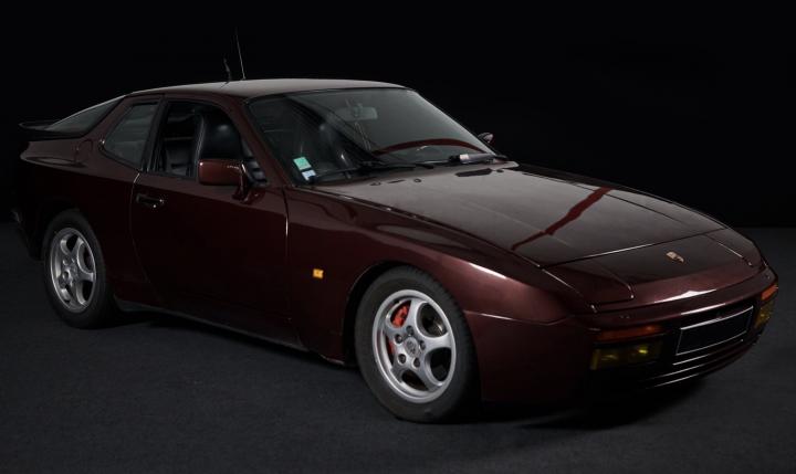 PORSCHE 944 Turbo  0