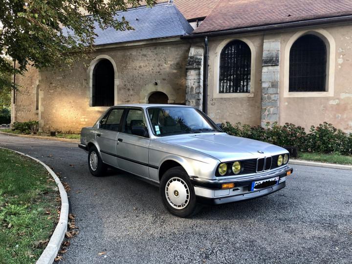 BMW 320i 0