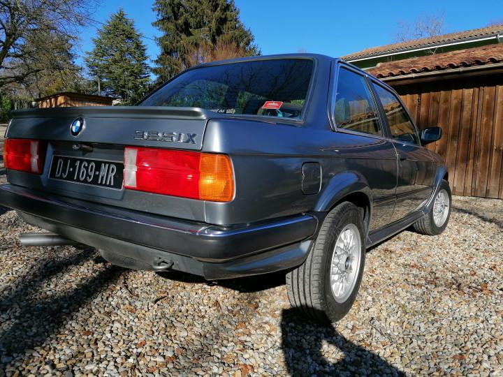 BMW 325ix 3